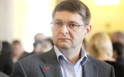 Travailler avec des leaks: le cas des emails leakés du chef de campagne du Président Ukrainien (1ère partie)